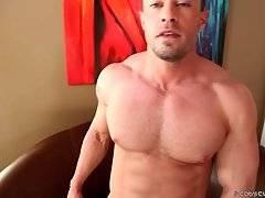 Gay Man Videos #552