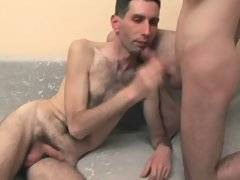 Mature bear play and cum